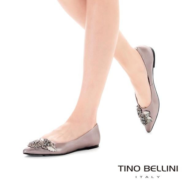 Tino Bellini 亮鑽鏽花尖頭平底娃娃鞋_銀 TF8592