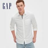 Gap 男裝 清爽格紋翻領長袖襯衫 548296-白顏色