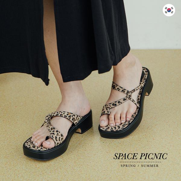 拖鞋 Space Picnic|正韓-厚底夾腳拖鞋-2色(預購)【K21075018】