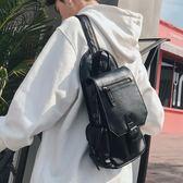 新款韓版男包小包 皮質簡約街頭胸包單肩包 多口袋後背包潮男包