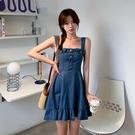 VK精品服飾 韓系時尚性感優雅單排釦收腰復古無袖洋裝