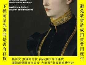 二手書博民逛書店Chains:罕見Jewelry in History, Function and OrnamentY3604