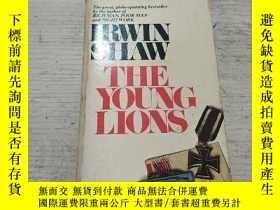 二手書博民逛書店THE罕見YOUNG LIONS:少壯獅子(外文)Y212829