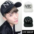 OT SHOP帽子‧韓系NYC大英文字母設計棒球老帽棒球帽韓妞潮男中性情侶款‧現貨‧黑/白‧C1781