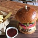 【DJ258】木製水果叉25入 三明治串水果漢堡 一次性水果叉 雞尾酒叉 裝飾簽 竹簽 EZGO商城