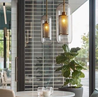 特惠 北歐現代簡約工業風吊燈客廳主題餐廳設計師創意個性玻璃吧臺吊燈(不送光源)