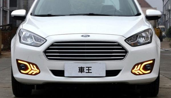【車王汽車精品百貨】福特 Ford ESCORT 日行燈 晝行燈 帶轉向 霧燈改裝 飛機款
