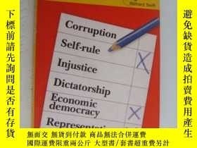 二手書博民逛書店the罕見No-nonsense guide to Democr
