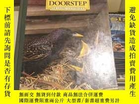 二手書博民逛書店Wildlife罕見on Your Doorstep cY144