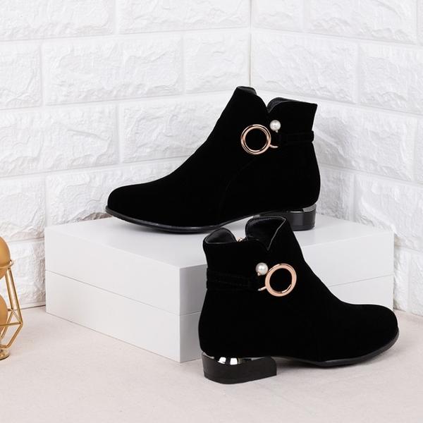 大尺碼女鞋34~47  2019新款歐美時尚絨皮尖頭低跟短靴~黑色