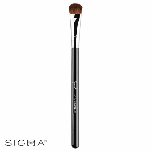 Sigma E52-大扁頭眼影刷 Soft Focus Shader Brush - WBK SHOP