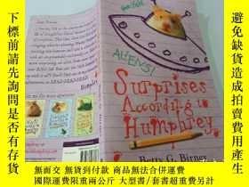 二手書博民逛書店Surprises罕見According to Humphrey:漢弗萊的驚喜Y200392