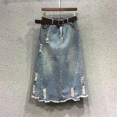 牛仔裙 新款歐洲站時尚潮破洞顯瘦牛仔裙薄毛邊中長款A字半身裙女 俏女孩