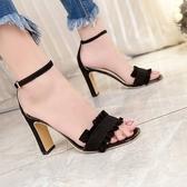 女春季2019新款荷葉邊露趾粗跟露趾涼鞋一字扣韓版百搭甜美高跟鞋