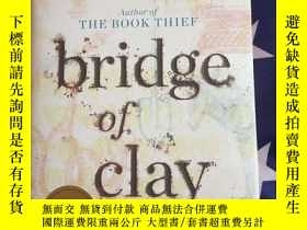 二手書博民逛書店bridge罕見of clay signed editionY1