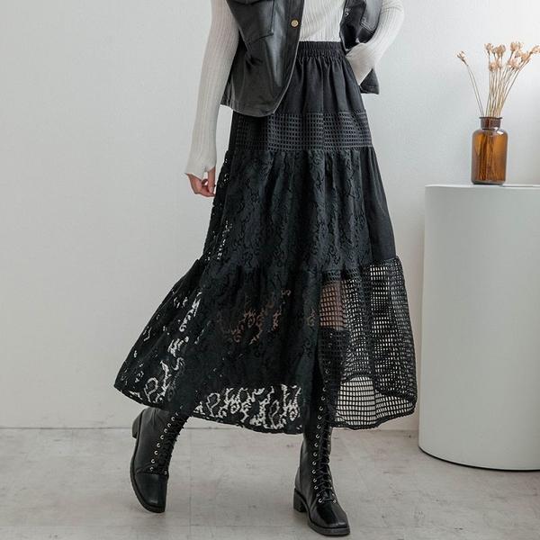 MIUSTAR 鬆緊小方格鏤空雕花蕾絲拼接長裙(共1色)【NH2482】預購