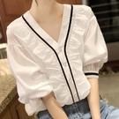 夏季白色雪紡襯衫女設計感小眾v領薄款泡泡短袖法式復古鎖骨上衣 果果輕時尚