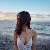 全館免運八折促銷-性感雪紡沙灘裙吊帶白色V領短裙 顯瘦露背海邊度假綁帶超仙連衣裙