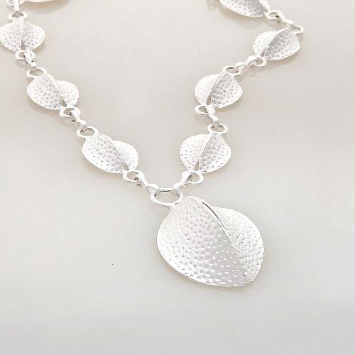 Sassy Ones時尚飾品 - 唯美義式風 銀白閃光立體造型短鍊