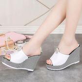 新款夏季韓版ulzzang涼拖鞋女鞋時尚厚底學生外穿厚底楔形一字拖 草莓妞妞