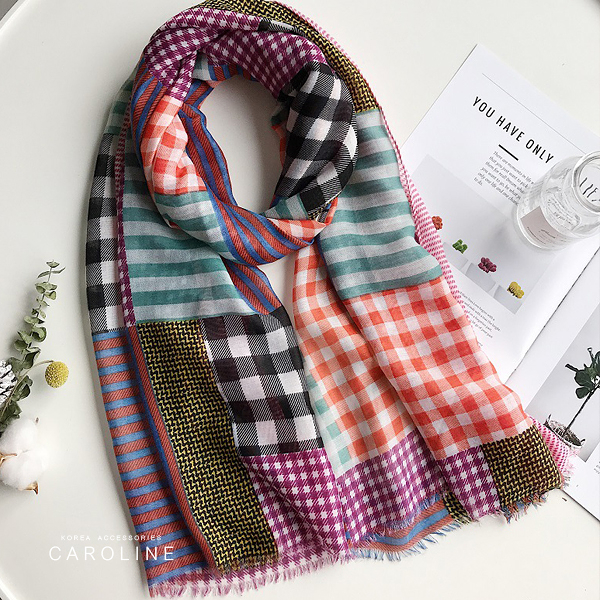 《Caroline》★ 本年度新款秋冬百搭仿羊絨披肩  質地細膩舒適柔軟兩用圍巾71742