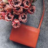 ■ 現貨在台■專櫃9折■全新真品Celine 165113 Trio 平滑羊皮小型三層斜背包 RED FOX