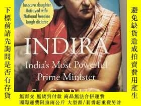 二手書博民逛書店Indira:罕見India s Most Powerful P