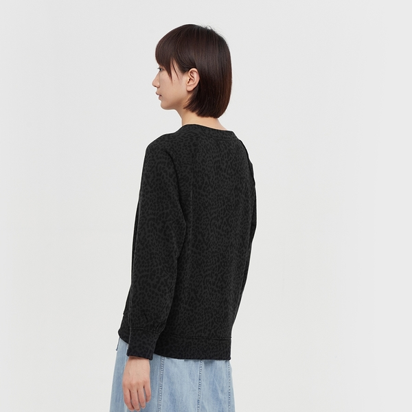Gap女裝 寬鬆式印花圓領休閒上衣 621522-木炭灰