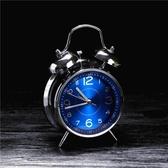 鬧鐘精工迷你小鬧鐘靜音學生兒童專用簡約強力叫醒臥室鈴超響大聲變態 COCO