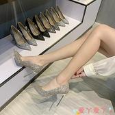 高跟鞋 鞋子2021新款女春秋百搭亮片秀禾服中式婚鞋新娘鞋高跟鞋女 細跟 愛丫 新品