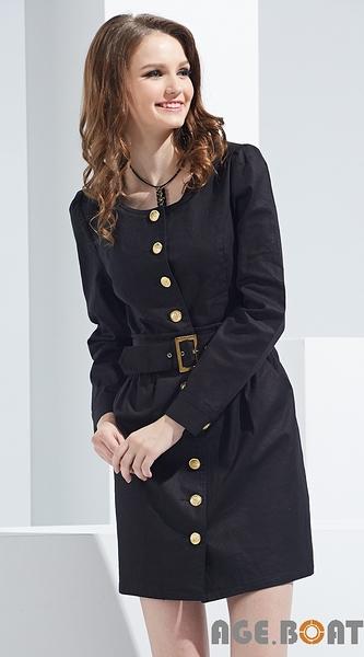 【AGE BOAT】秋冬服飾特賣~金色排扣風衣式洋裝附腰帶  NO.152504