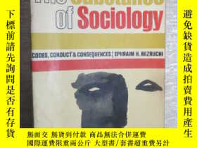 二手書博民逛書店The罕見substance of sociology 社會學的