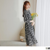 《DA8360-》造型領綁帶荷葉袖印花雪紡洋裝 OB嚴選