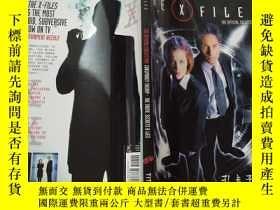 二手書博民逛書店The罕見X-Files: The Official Colle