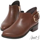 Ann'S優質剪裁-大方扣顯瘦側V復古粗跟短靴-咖啡