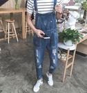 【找到自己】韓國 新款 牛仔吊帶褲 破褲...