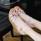 楔型鞋韓版夏季一字扣坡跟涼鞋女夏季百搭學生網紅高跟鞋子潮 韓國時尚週