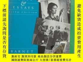 二手書博民逛書店TYPES罕見OF DRAMA,Plays and Essays