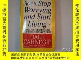 二手書博民逛書店英文原版How罕見to Stop Worrying and St