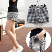 (全館一件免運費)韓國時尚.黑白格抽繩鬆緊腰短褲 【A-0019】