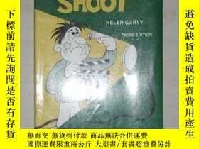 二手書博民逛書店英文原版罕見Before You Shoot by Helen