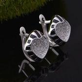 耳環 純銀鍍白金鑲鑽-愛心方塊生日情人節禮物女飾品73cz60【時尚巴黎】