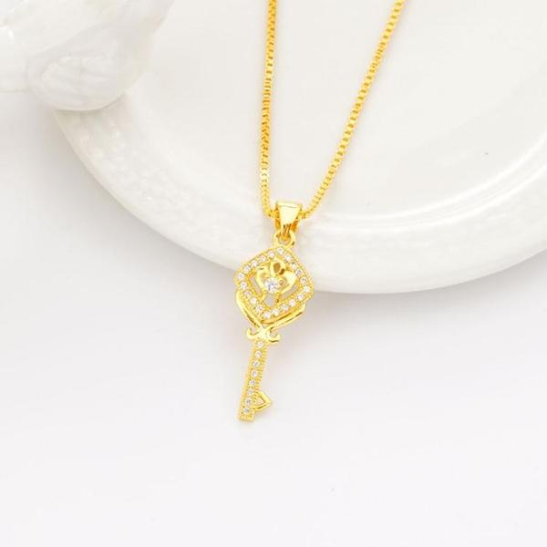 沙金鎖骨項鏈泰國光面鑰匙吊墜黃金鍍金墜子仿真黃金首飾女款