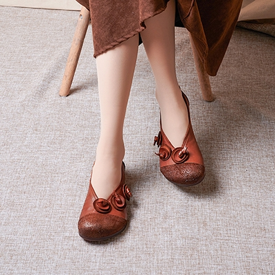 真皮手工女鞋 民族風花朵休閒鞋 圓頭套腳平底鞋/2色-夢想家-標準碼-0401