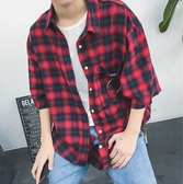 找到自己 MD 時尚 男 韓國 休閒 寬鬆 短版 格子 口袋鐵環裝飾 襯衣外套 格子襯衫 短袖襯衫