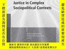 二手書博民逛書店Evaluation罕見and Social Justice in Complex Sociopolitical