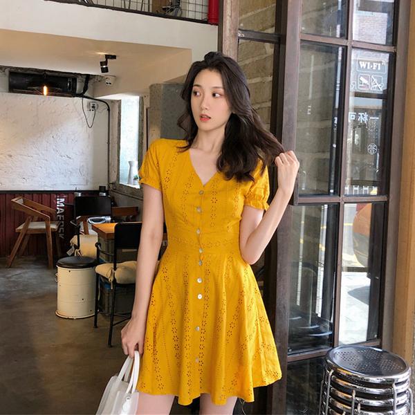 清倉388 韓系鏤空刺繡蕾絲V領單排扣顯瘦短袖洋裝
