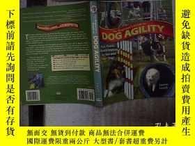 二手書博民逛書店THE罕見BEGINNER S GUIDE TO DOG AGILITY 狗的敏捷性入門指南Y180897 不