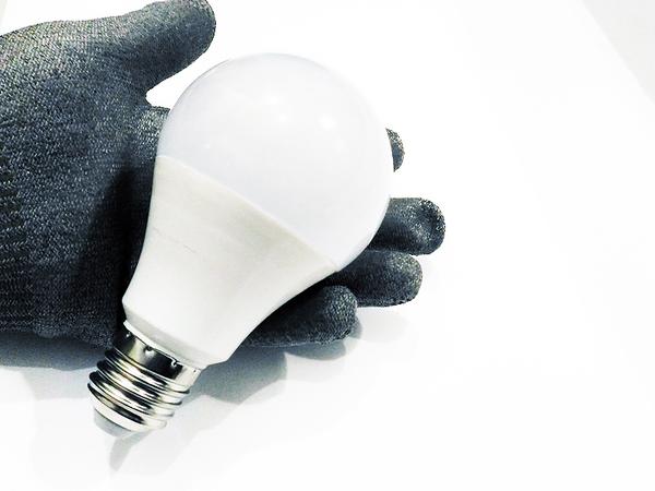E27 12W LED 防水 (12V 24V 36V可用 省電燈泡)