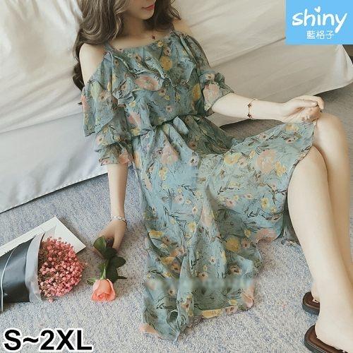 【V2428】shiny藍格子-甜釀春色.一字領露肩吊帶前短後長洋裝